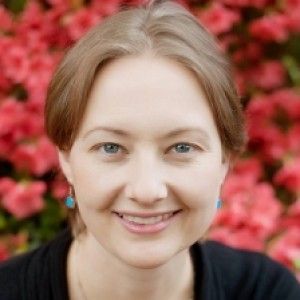 Profile photo of Leigh Fransen